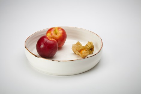 5.Adams KA Ceramics Flat base bowl with textured sides and bronze lustre rim 22cm x 4.5cm Photography Matthew Booth