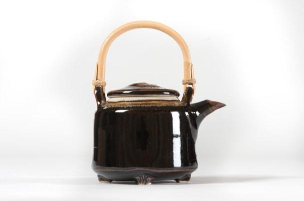 Teapot, 1 pint 13cmH excluding handle