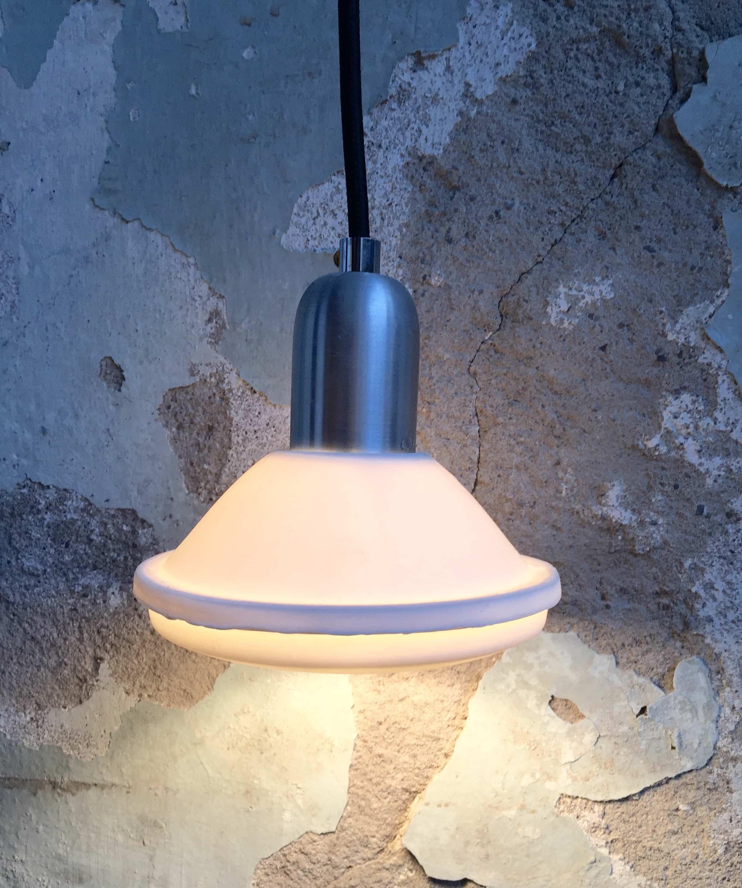 LAMP 2CV