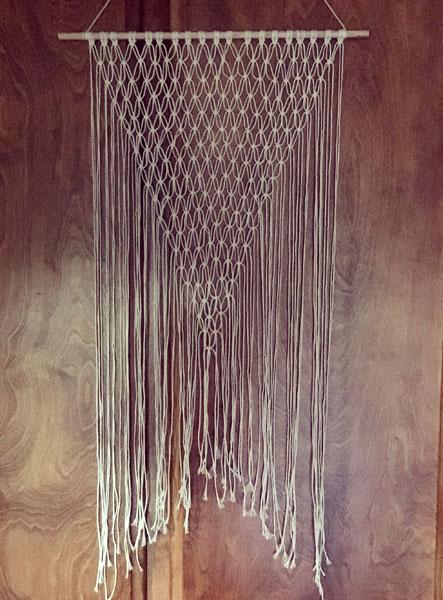 Cindy Guajardo - Simple Macrame Wall Hanging