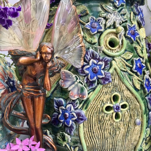 Karrita Renzelmann of Queen Bee Pottery - Fairy House Detail