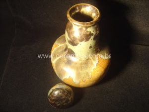 esmalte cristalino em stoneware