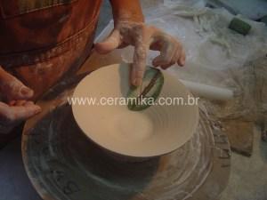 porcelana decorada com tecnica de inlay