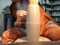 modelagem de peça em argila