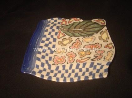porcelana artesanal com decoração neriage