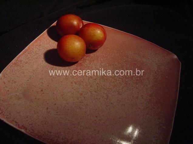prato quadrado em ceramica
