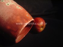 ceramica com esmalte vermelho