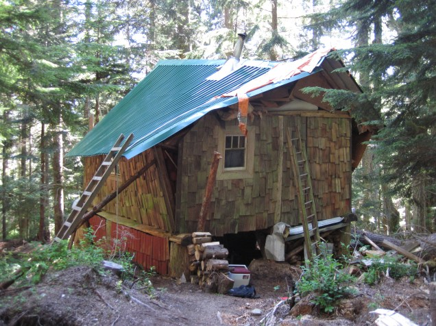 A big hemlock tree fell on this cabin. In Aug 2014 we took it on as Project Cabin.