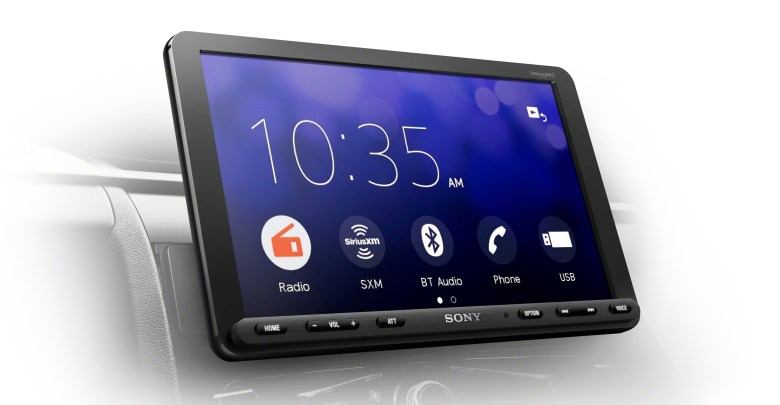Sony Electronics Unveils New In-car Audio Line-up with Bigger Screen
