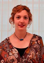 Dña. Marina Escarda