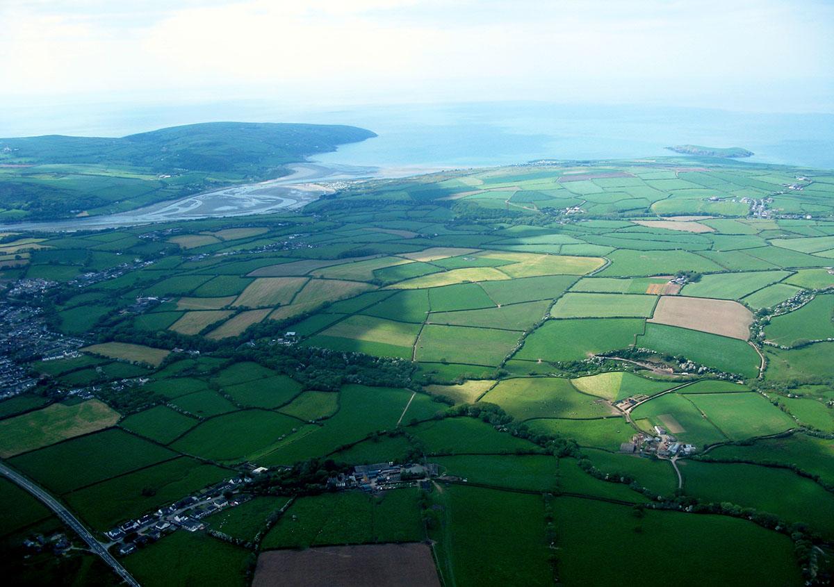Porthladd Môr Aberteifi - Darganfyddwch archeoleg, hynafiaethau a hanes Ceredigion