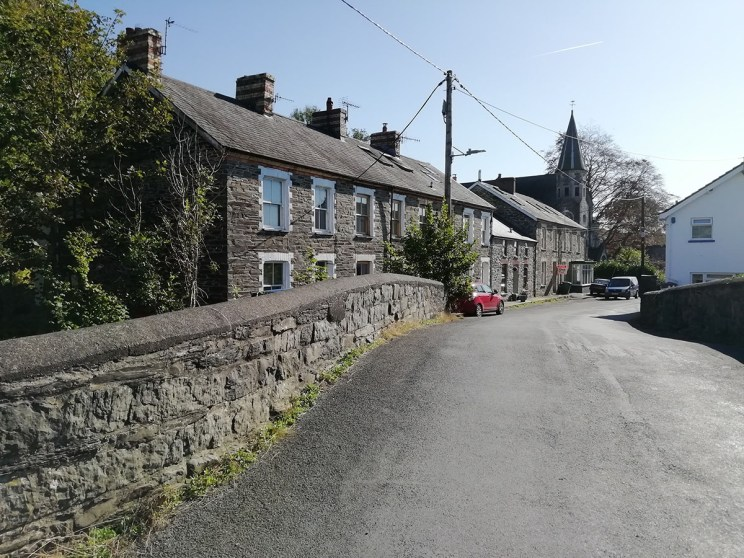South view of Tre'r Ddôl North Road, bridge and distant view of Soar Chapel – Discover the archaeology, antiquities and history of Ceredigion