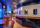 INTERIJER INSPIRIRAN BRODOM Bar u kojem koktele poslužuju mornari