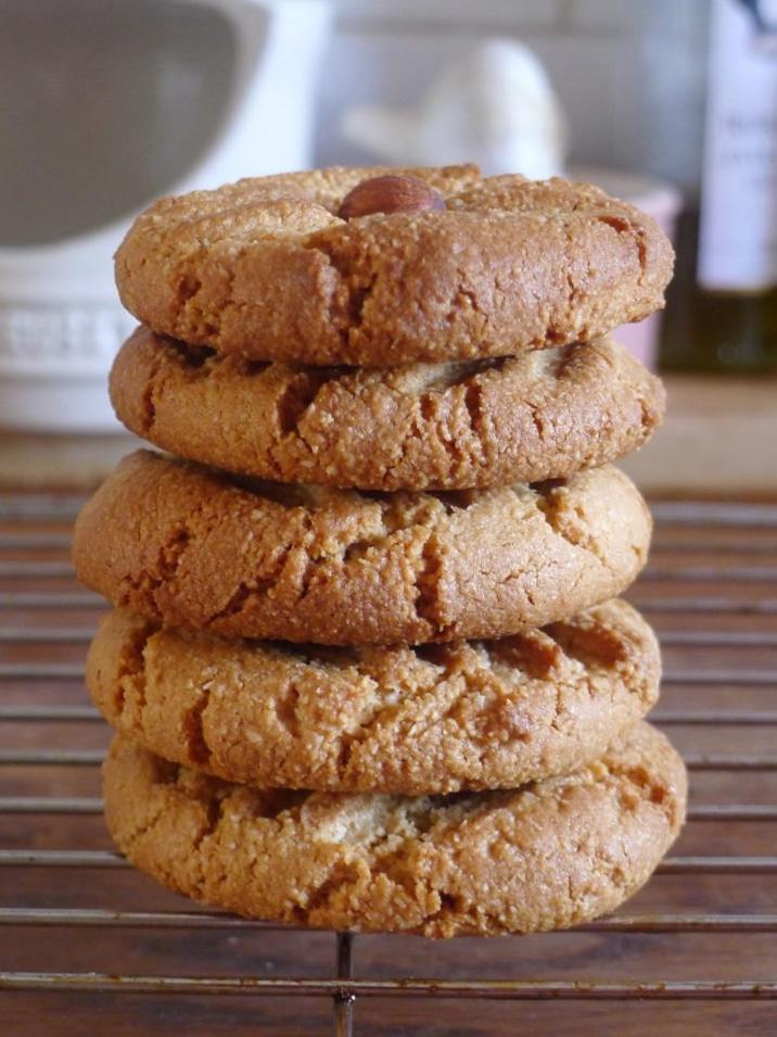 Tahini Almond Cookie