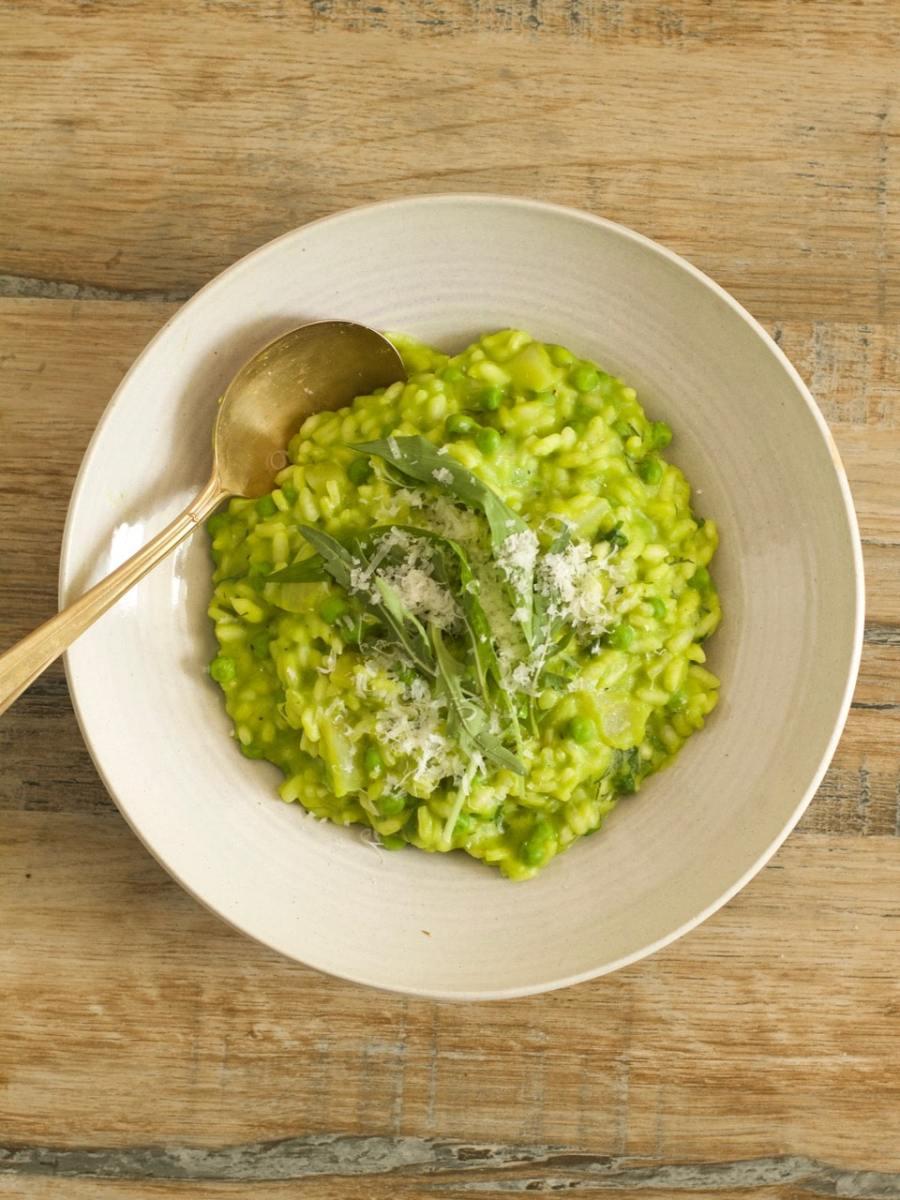 Pea Risotto with Wild Garlic 