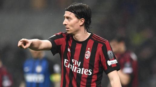 AC Milan, Riccardo Montolivo Akan Pensiun dari Sepak Bola
