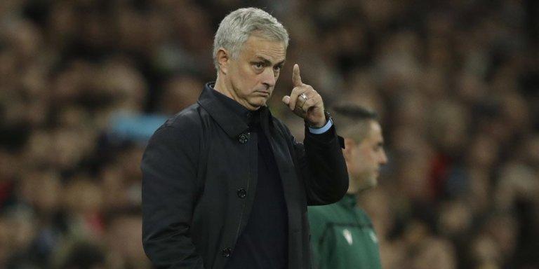 Jose Mourinho Semakin Berjaya, Manchester United Merana