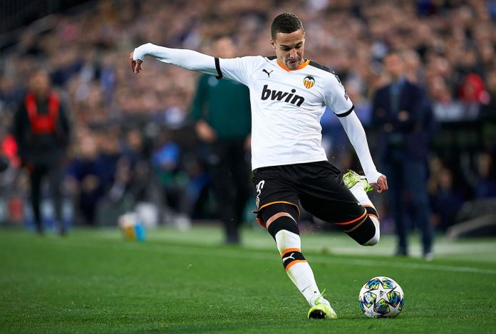 Baru Promosi, Leeds United Langsung Mendatangkan Penyerang Valencia