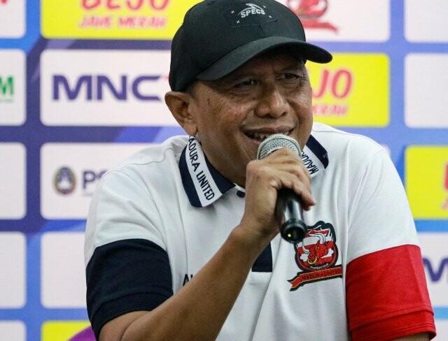 Respon Pelatih Madura United Setelah Liga 1 Indonesia Ditunda