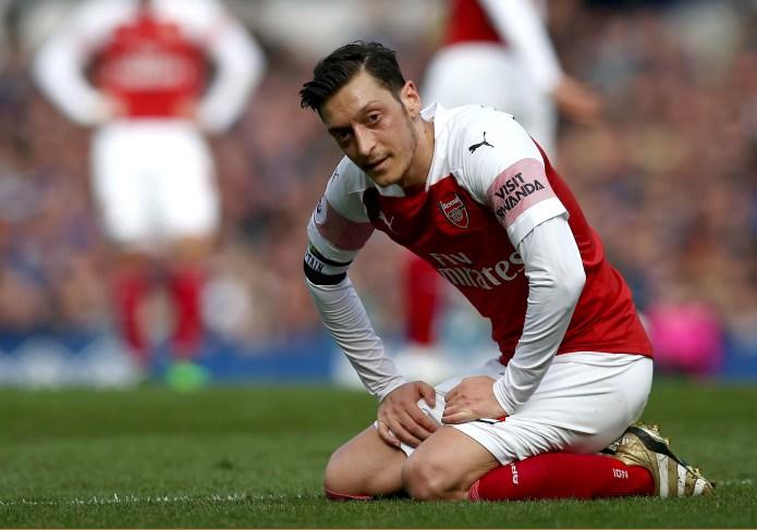 Martin Keown Menyayangkan Akhir Karir Mesut Ozil di Arsenal