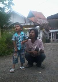 0122(uncle tak seberapa tampan dan keponakan)