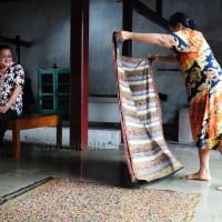 Warna budaya batik Cirebon