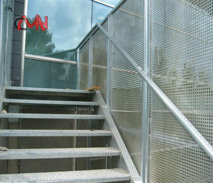 Escaleras Exteriores acero galvanizadoCerrajeras en Madrid