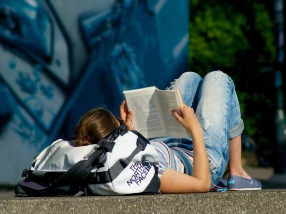 read-book-795943_1280