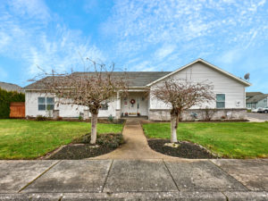 Woodburn, Woodburn Homes, Woodburn Real Estate, Woodburn Properties, Henry's Farm, 97071