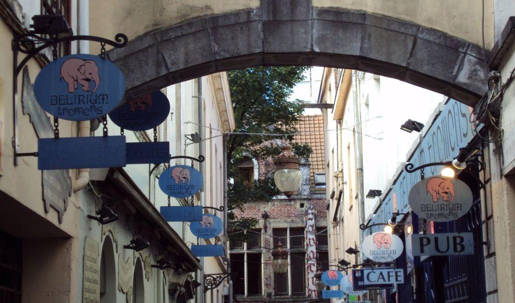 Delirium pub en Bruselas, Bélgica