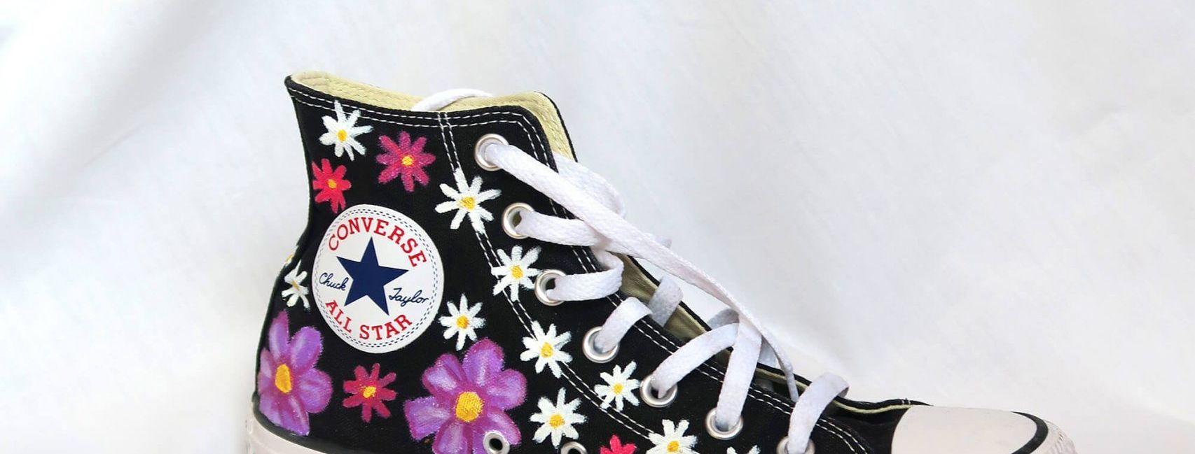 Tutorial reciclaje ropa: DIY zapatillas con pintura de tela