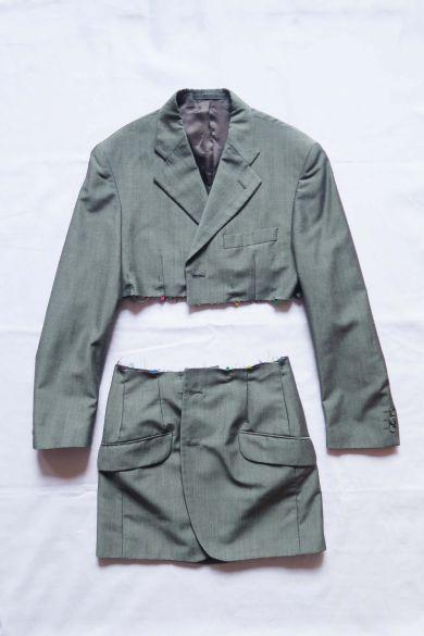 Tutorial reciclaje ropa: DIY traje a partir de americana, pinzas en cintura