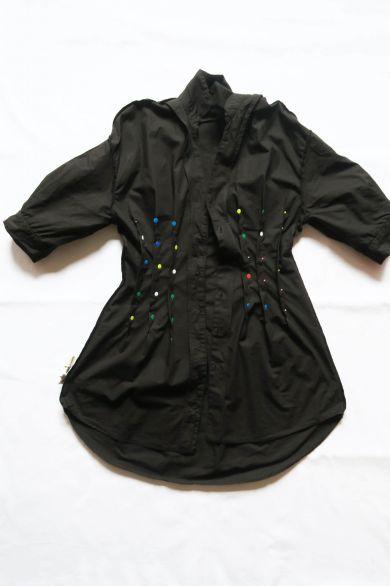 Tutorial reciclaje ropa: DIY vestido camisa ajustado, pinzas en el interior