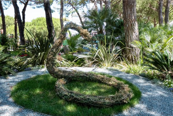 land-art-oscar-dominguez-cervia-città-giardino