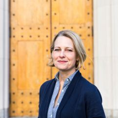 Chairs For Short People Patio Swivel Chair Set Miriam Meckel | Center European Studies At Harvard University