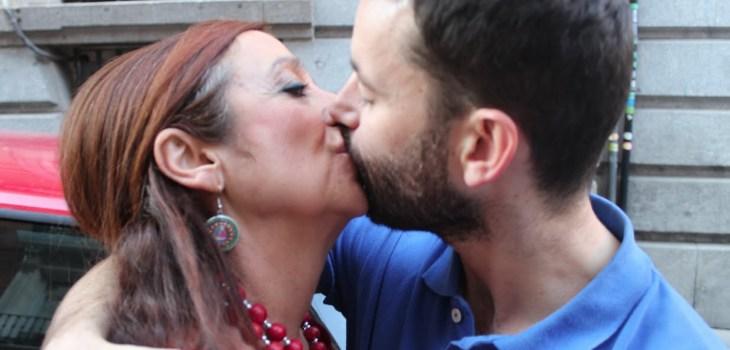 Mujer se casa con su hijo