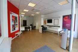 Surface commerciale ou bureau 125m2 à louer à Bruxelles, Bourse.