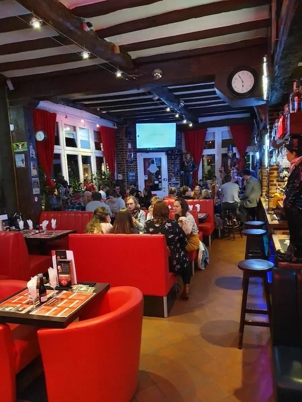 Taverne brasserie à remettre à Bruxelles, quartier du Parlement