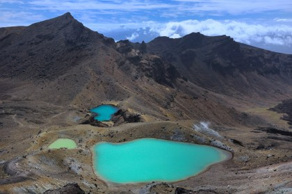 Tongariro Alpine Crossing | Emerald Lakes