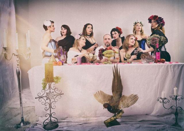 Effeuillage burlesque avec les Secrètes boudoirs