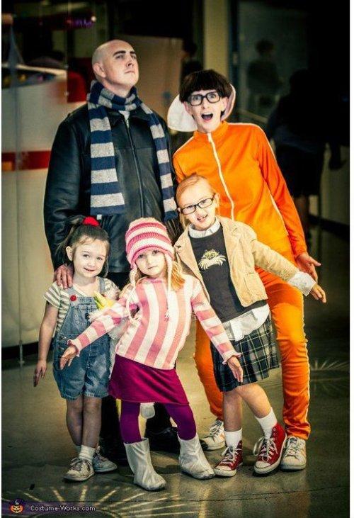 Se déguisement en famille pour Halloween en Moi moche et méchant