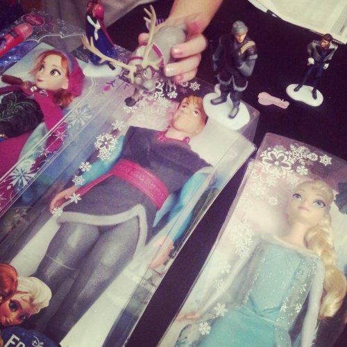 poupées-la-reine-des-neiges