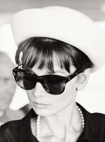 audrey hepburn, belle femme des années 50