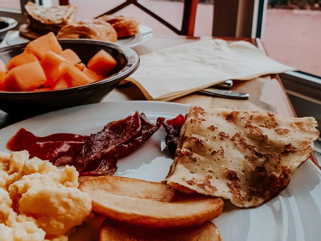 Petit déjeuner au Newport Bay Club Disney