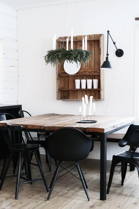 Décoration de salle à manger industrielle : table en bois et fer