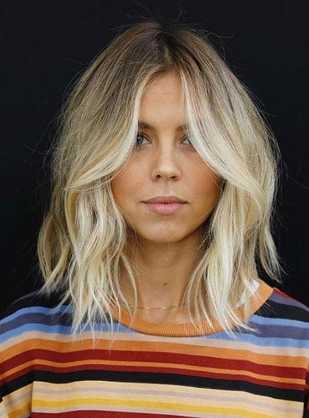 Carré blond wavy #carré #blonde #wavy #bob #coiffure #cheveux #hairstyle