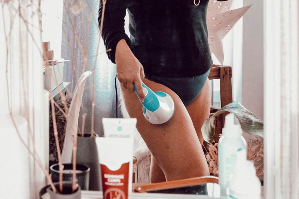 Utilisation de l'appareil de massage anti-cellulite et amincissant de CelluBlue