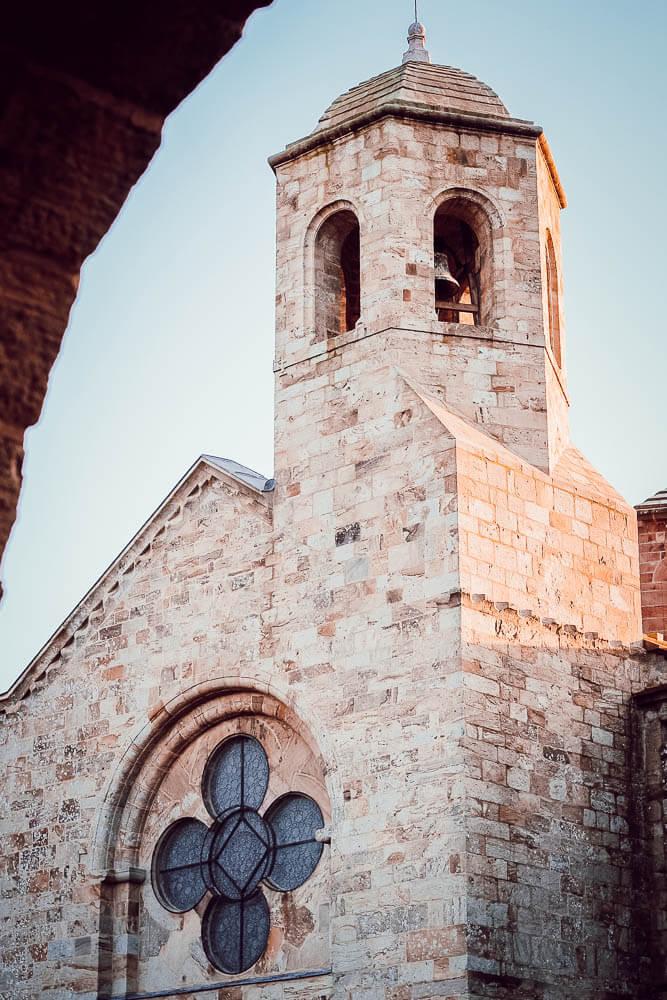 Visiter l'Abbaye de Fontfroide en famille (blogtrip Aude)