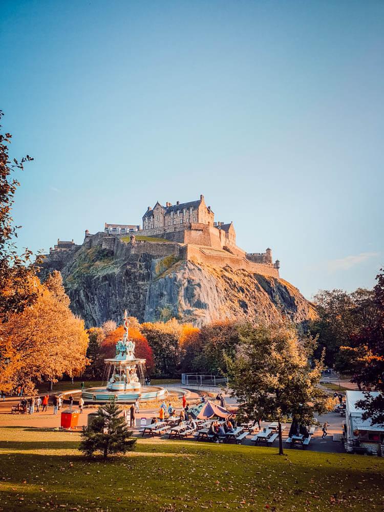 Visiter Édimbourg en famille : le château médiéval