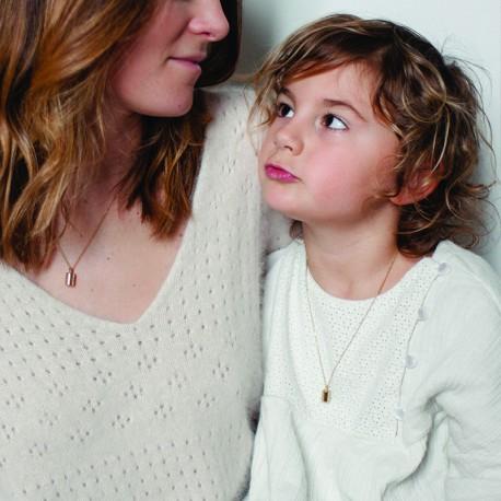 Offrir un collier personnalisé Mon petit poids pour la fête des mères